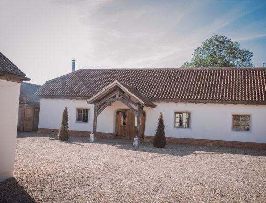 Abbey Farm Weddings - Wedding Venues in Kirkstead