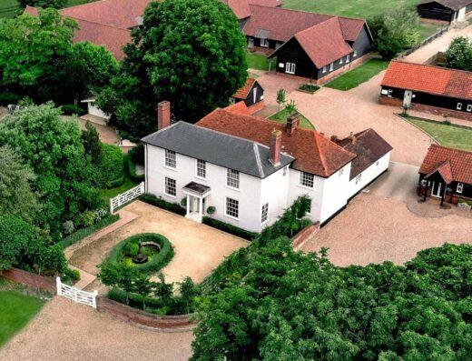 Vaulty Manor - Wedding Venues in Goldhanger